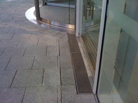 curved drain 100 St Georges Tce Ultimate